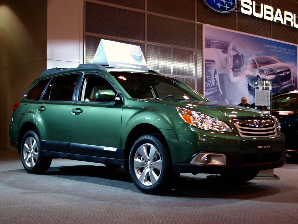 Passenger side view of the 2011 Subaru Outback.